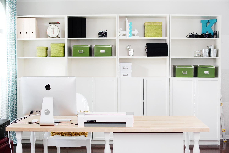 Workspace Wednesday | Kelly Noel