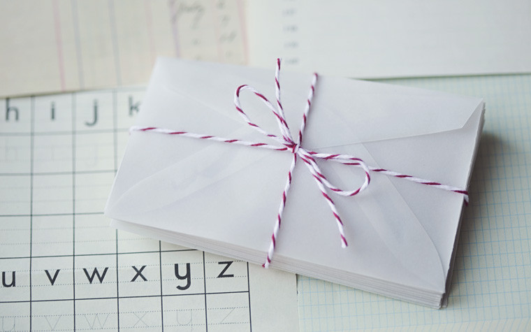 Picture 1 of Mini Vellum Envelopes