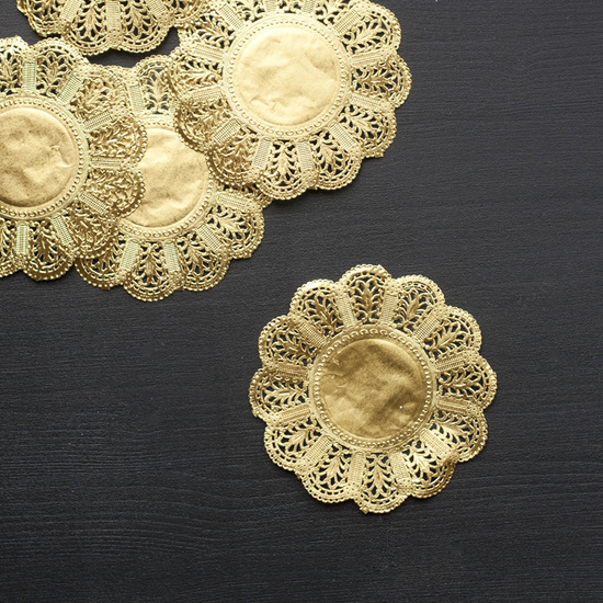 5 inch Gold Doilies